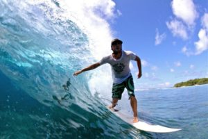 7 Healthy Reasons To Start Surfing!
