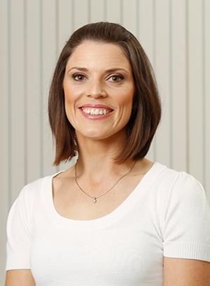 Dr Melanie Woollam (Osteopath)